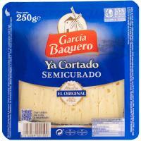 Queso semicurado mezcla G. BAQUERO, cuña cortada 250 g