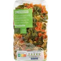 Farfalle con vegetales EROSKI, paquete 500 g